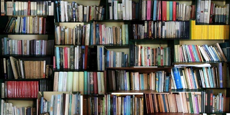 La bibliothèque déménage et brade ses livres