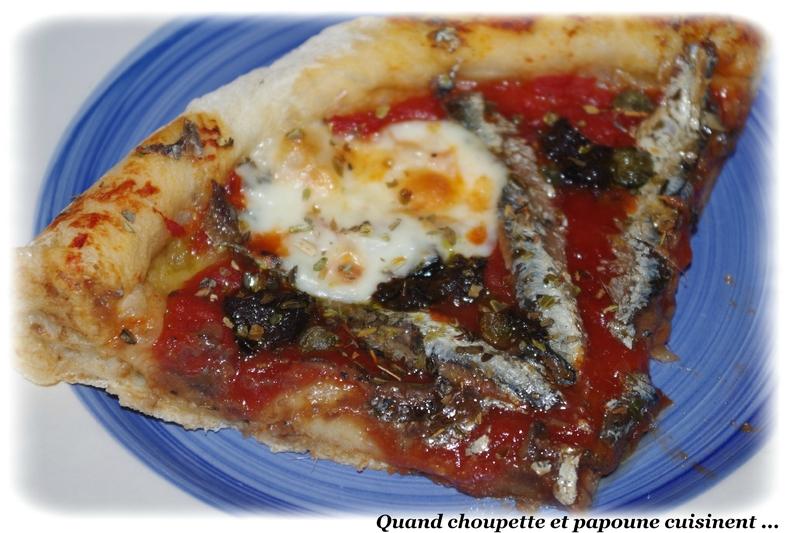 pizzas aux anchois, câpres et olives-8272