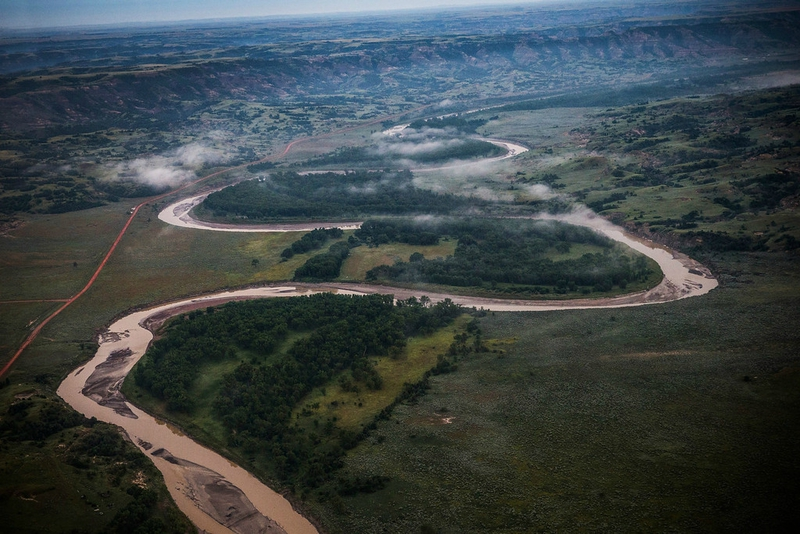 Photo-the-dark-side-North_Dakota_Oil_Drilling_005-XLXXII