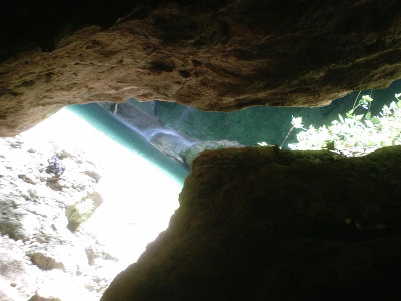 arrivee au pied de la cascade
