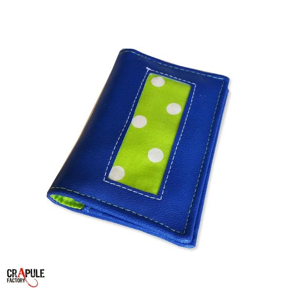Porte carte Original bleu retro pop bandes vert pétant à pois chic et coloré mixte Collection : ACHILLE .BOUTIQUE EN LIGNE / www.crapule-factory.com CréAtion : CrApule FActOry