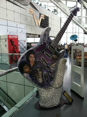 rock-and-roll-hall-of