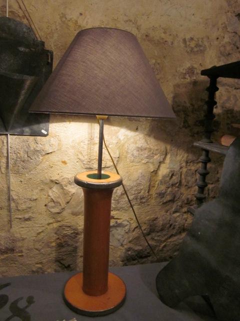 lampe bobine avec abat-jour gris (1)