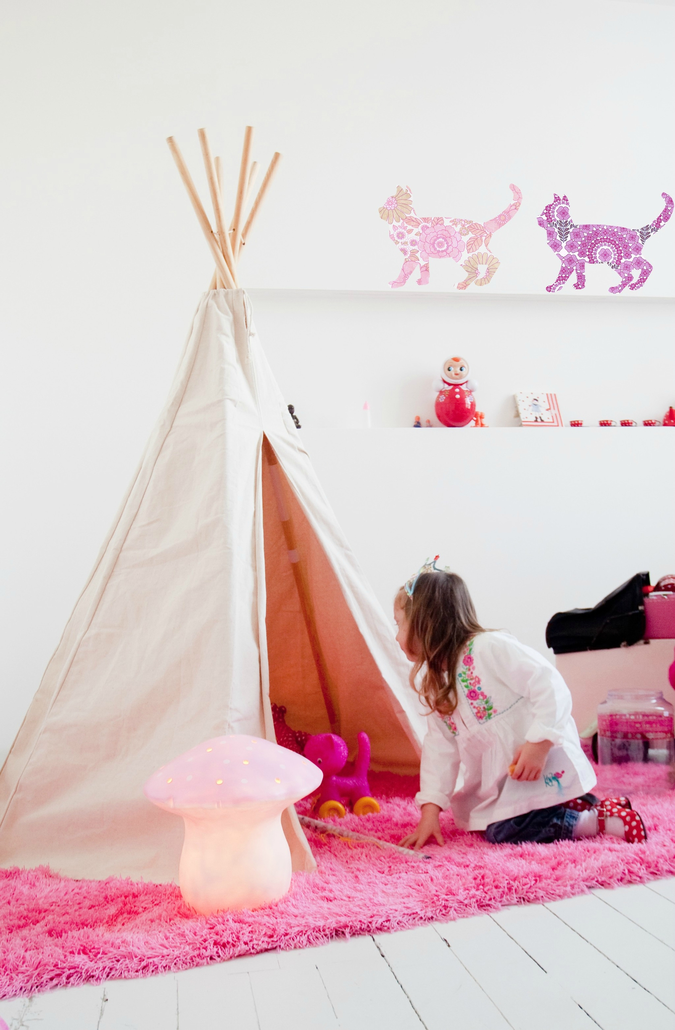 le tipi de vilac entre cha et ra. Black Bedroom Furniture Sets. Home Design Ideas
