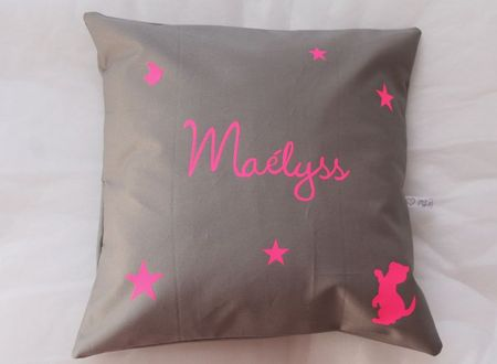 coussin personnalise fluo