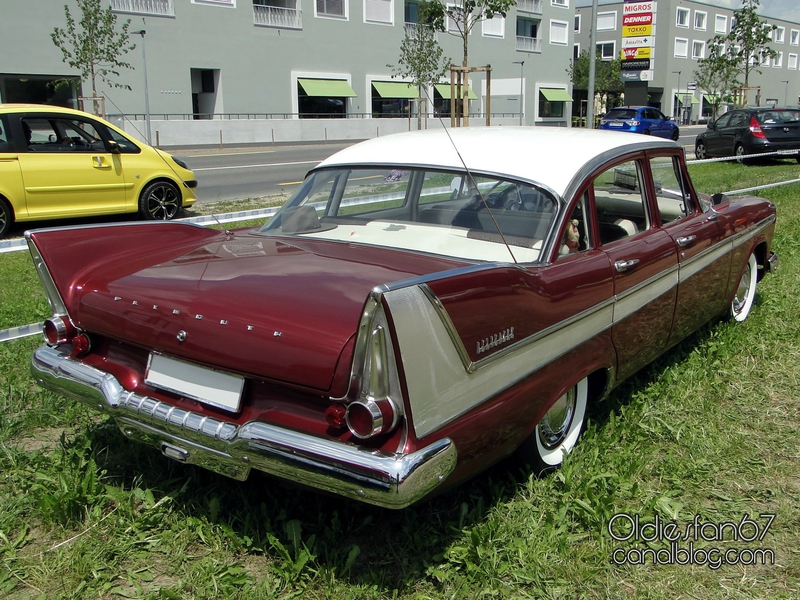 plymouth-belvedere-sedan-1958-02