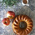 Bundt cake aux pommes, a l'huile d'olive & a la lavande