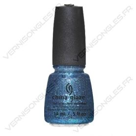 vernis-a-ongles-china-glaze-water-you-waiting-for-cirque-du-soleil-worlds-away