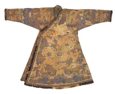 A_Tibetan_chuba_of_Chinese_brocade_silk_with_fur_trim