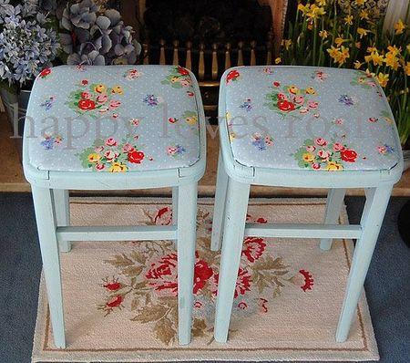 stools_copyright
