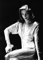 lauren_bacall-1944-by_John_Engstead-1-3