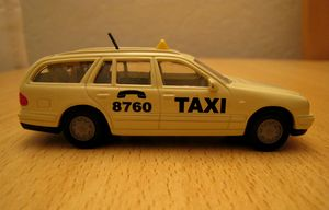 Mercedes E 290 TD Taxi 8760 03 -Siku-