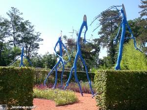6338_arbres_bleus