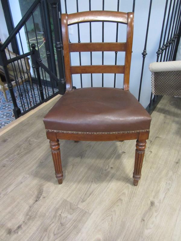 chaise de style anglais à retapisser
