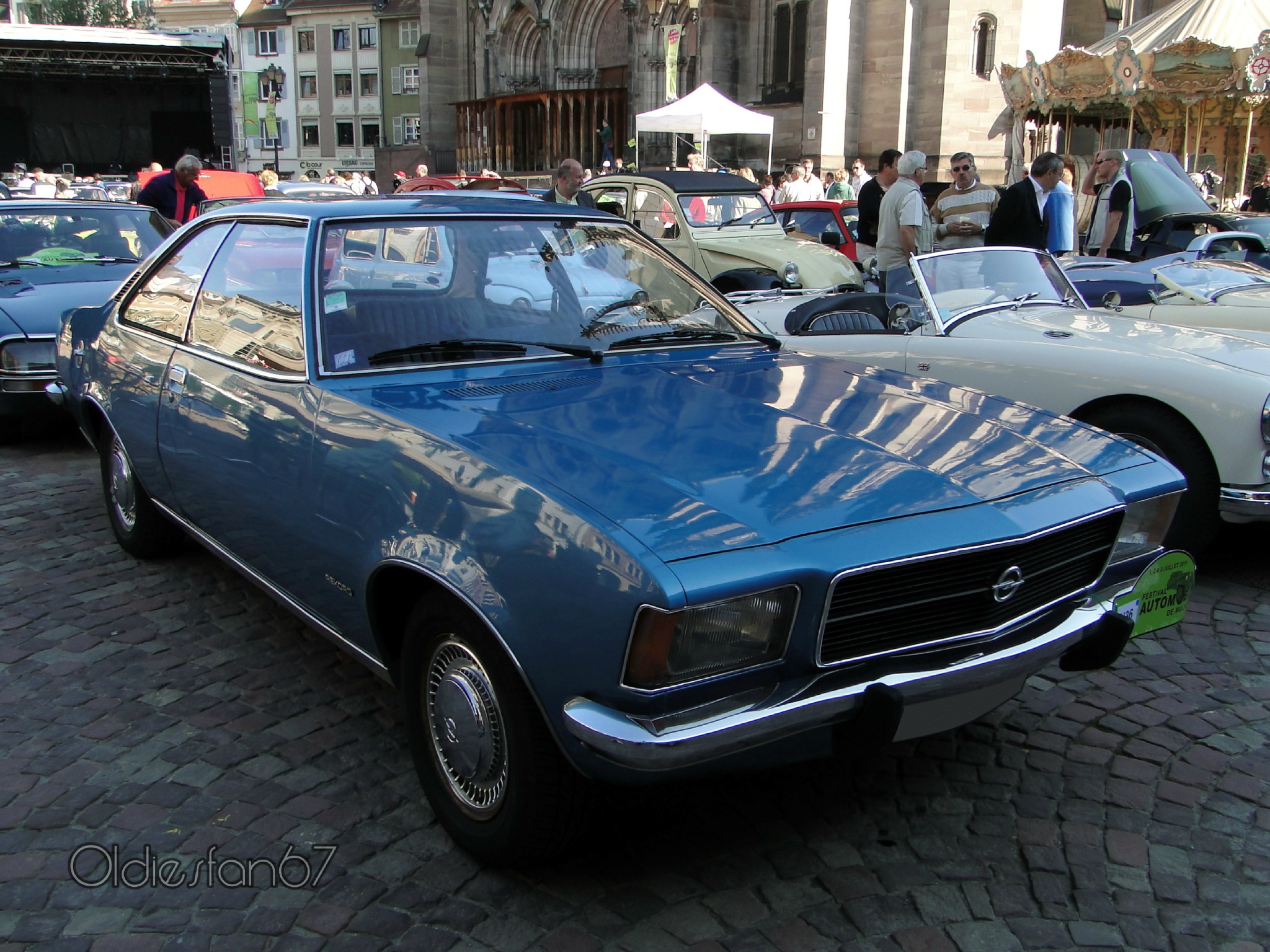opel rekord d 1900 automatic coupe 1972 1977 oldiesfan67. Black Bedroom Furniture Sets. Home Design Ideas