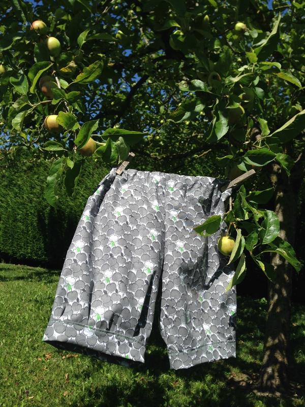 Short à pommes