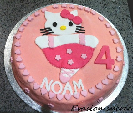 gateau hello kitty 3