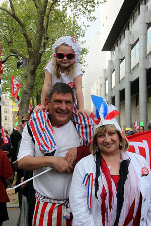 18_Manif_6_me_R_publique__famille__9660