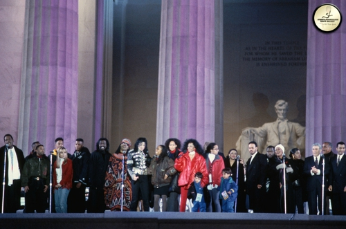 lincoln-memorial-celebration-michael-joins-president-bill-clinton-for-his-ingaugural-celebration(73)-m-10