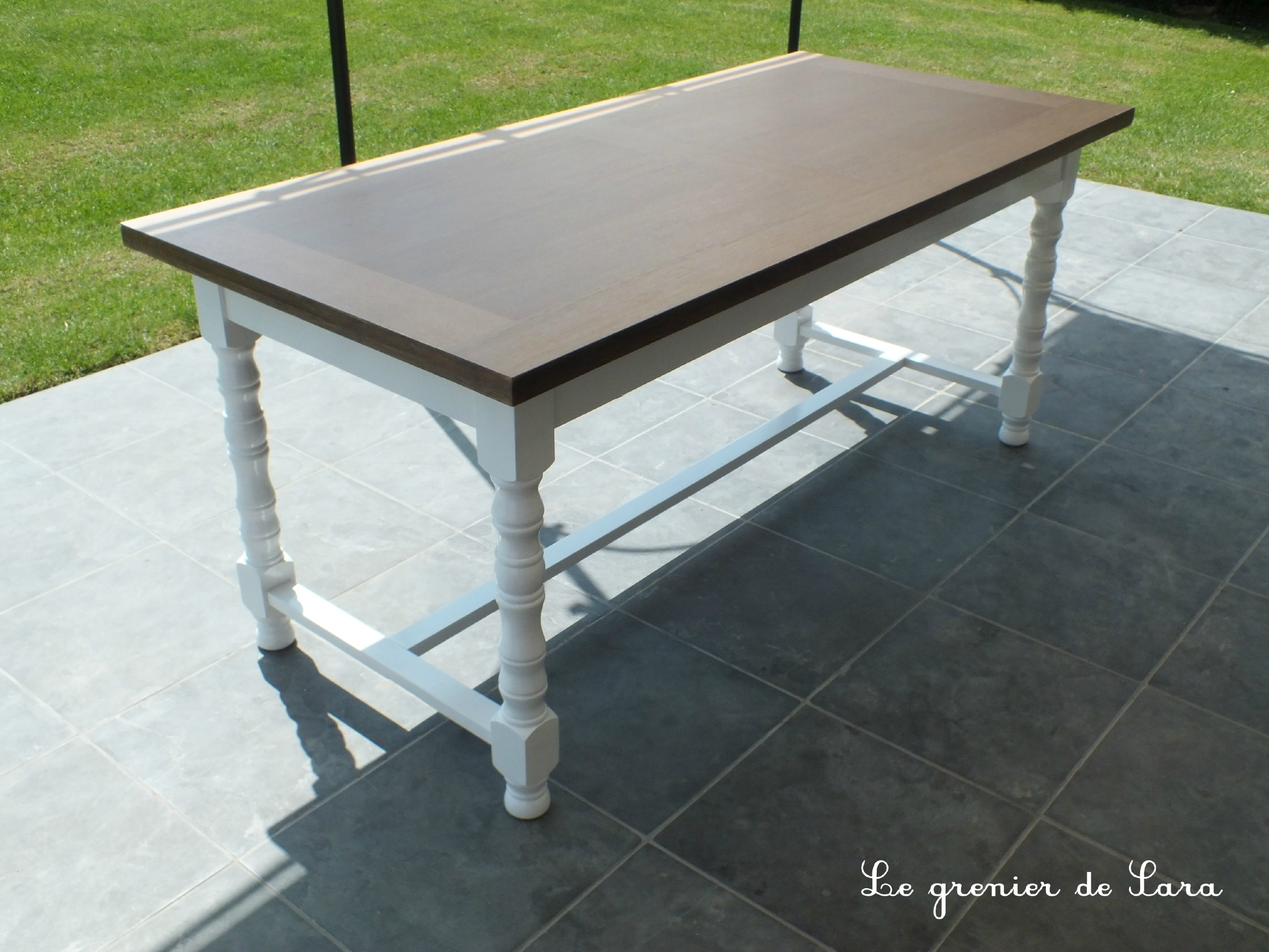 Table patin e broc et patine le grenier de sara - Relooker table en bois ...