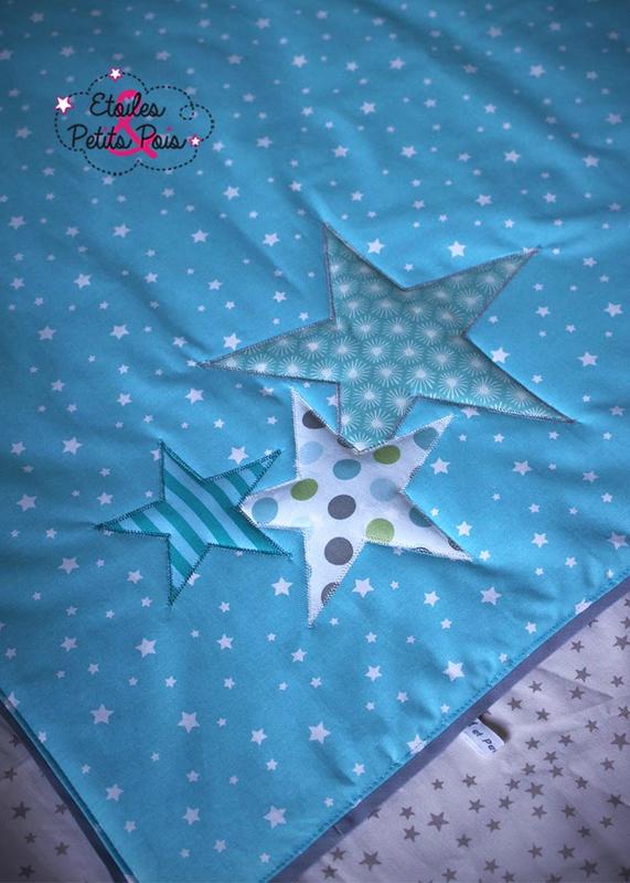 couverture bebe bleu etoiles