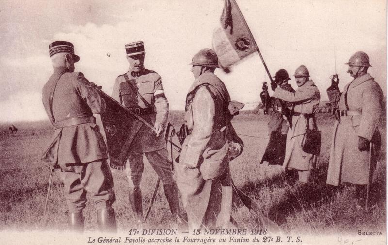 DI017_19181113_Fourragere27eBTS