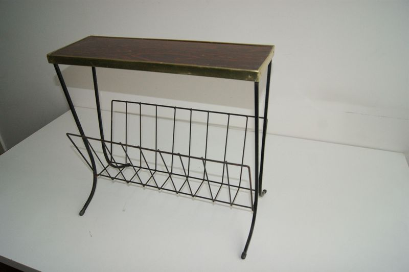 porte journaux fer forg formica vintage goldies. Black Bedroom Furniture Sets. Home Design Ideas