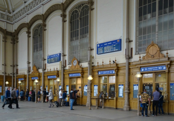Gare ouest Budapest4