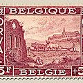 Première série d'Orval, au profit du Fonds de reconstruction de l'abbaye Ruines de l'ancienne abbaye et maquette de la nouvelle lie-de-vin 5F + 5F