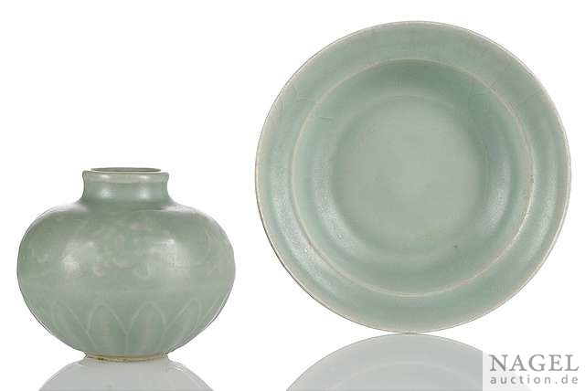 A Longquan jarlet and a deep bowl, China, Song-Yuan dynasty
