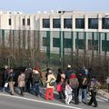 Manifestation GSM devant 127bis le 30/01/11