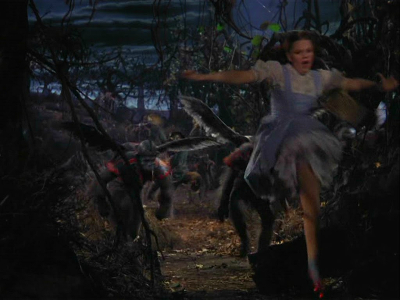 wizard_of_oz_1180_monkeys_chasing_dorothy