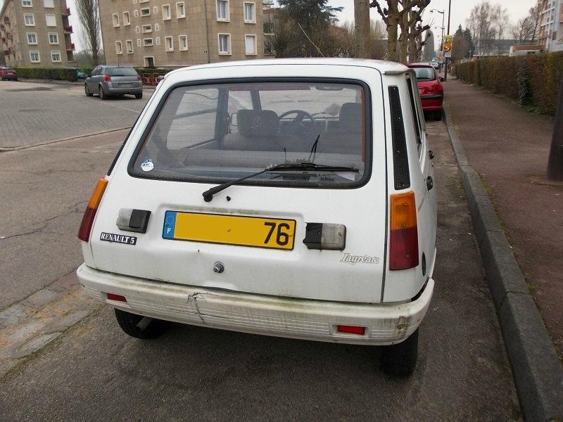 Renault5LaureateTLar