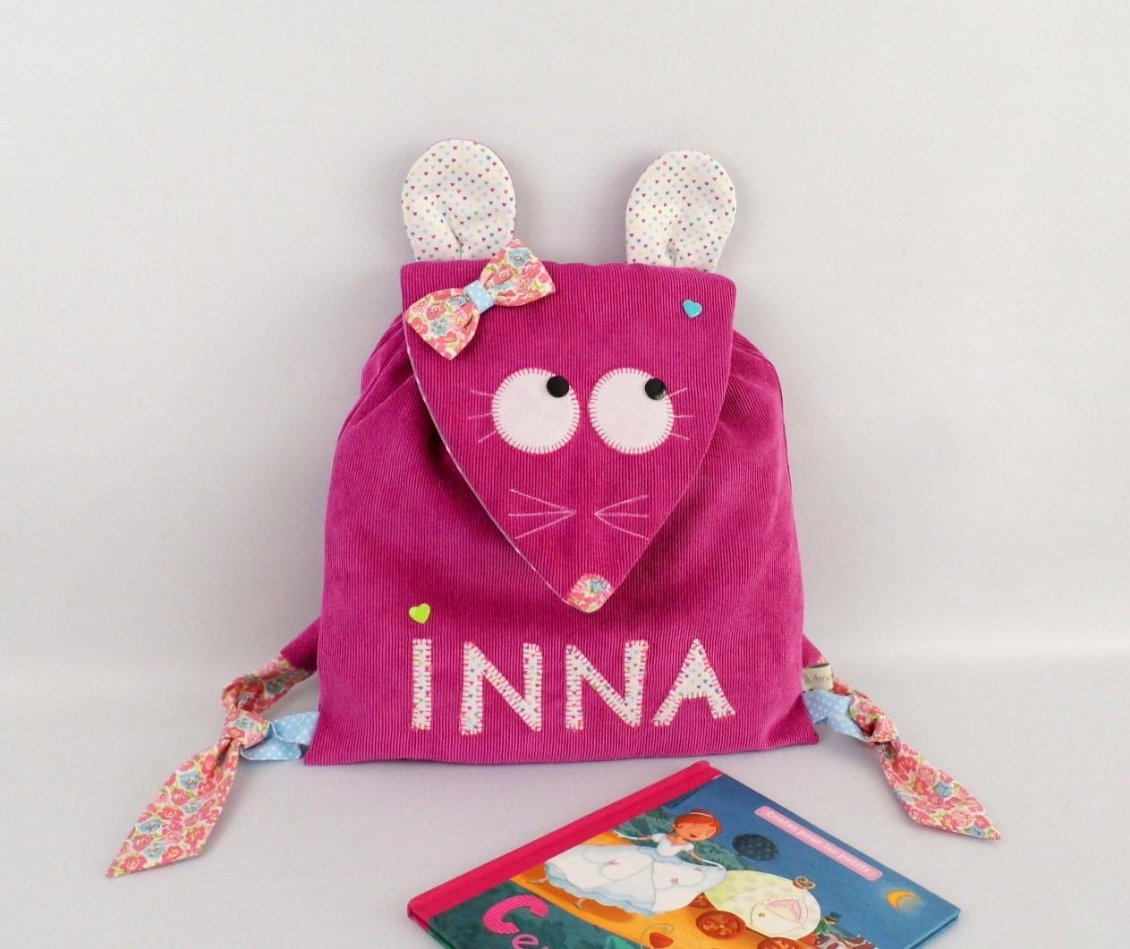 Sac fille souris rose fuchsia personnalisé prénom Inna motifs coeurs fleurs liberty mouse personnalized name backpack pink