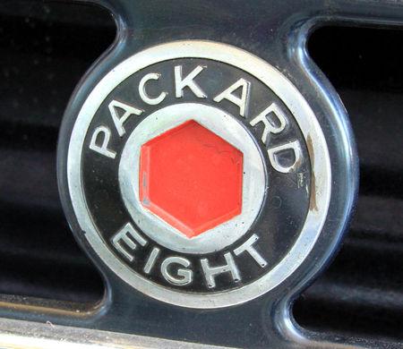 Packard_1101_eight_7_passenger_touring_de_1934__34_me_Internationales_Oldtimer_meeting_de_Baden_Baden__03