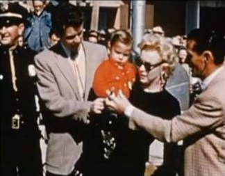 1956-greene_home_movie-arizona-cap-05