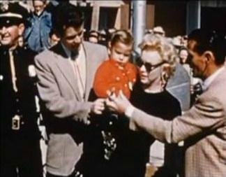 1956-greene_home_movie-arizona-cap-05