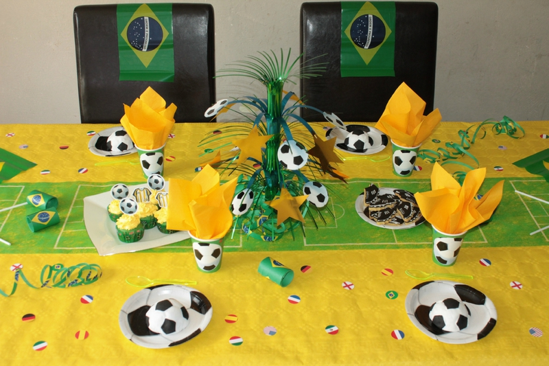 table foot coupe du monde br sil mes p 39 tits biscuits. Black Bedroom Furniture Sets. Home Design Ideas