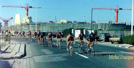 Aout 1977 le El Paso Consolidated au quai d'armement Nord et le passage de la course cycliste le circuit du Port