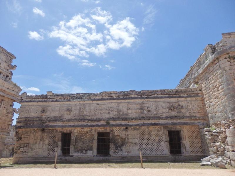 P4095245 - La Iglesia (2)
