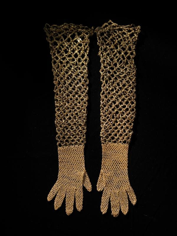 Attributed to Elsa Schiaparelli (Italian, 1890 - 1973), Gloves, 1933-1937