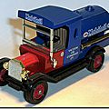 Y-3 Ford Model T Tanker Mobiloil A 1