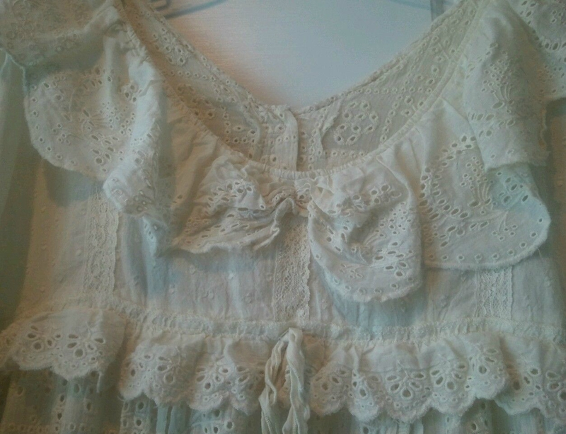 MP cotton Rosary dress with eyelet and lace ivory