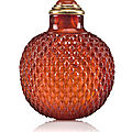 Up to snuff: success at the chinese snuff bottle auction @ bonhams in new york