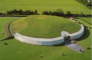 Newgrange_Knowth__23_
