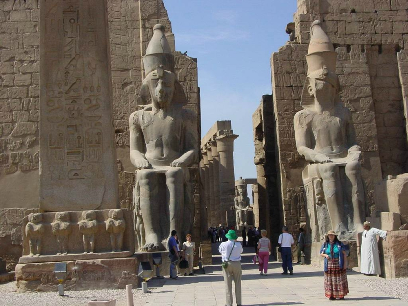 Luxor-The-City-You-Cant-Afford-to-Miss1[1]