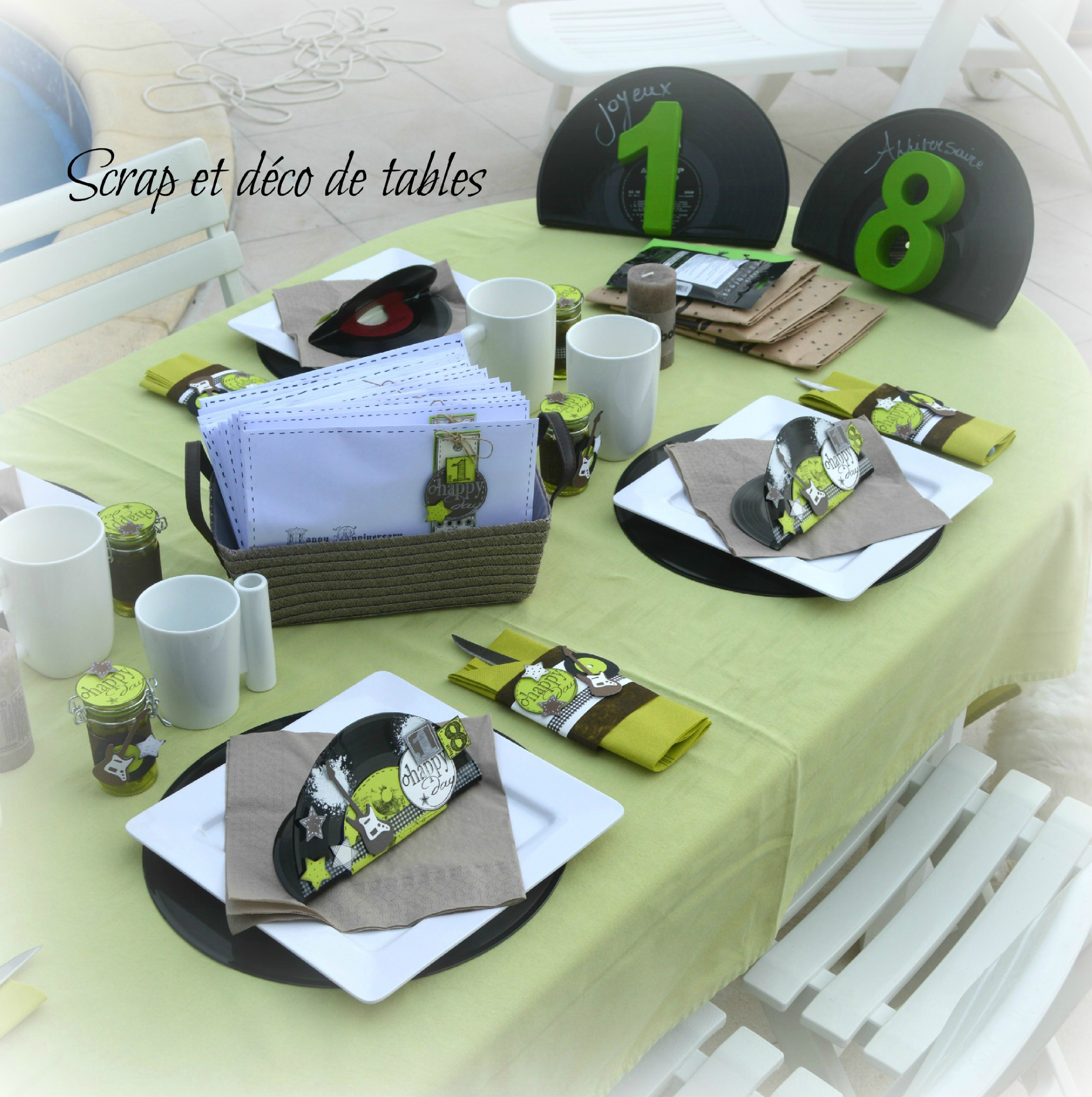 Deco de table pour les 18 ans de thomas scrap et d co de for Decoration 18 ans garcon
