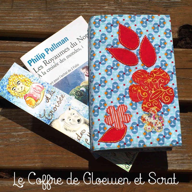 Housse_de_livre_en_tissu_by_Gloewen