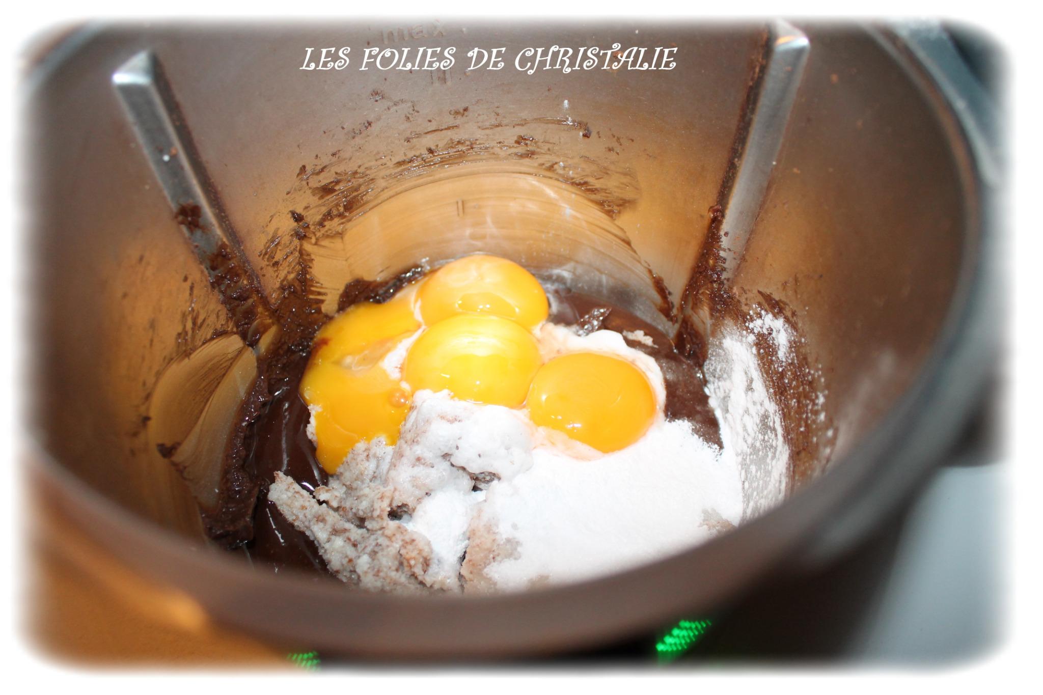 G teau chocolat framboises thermomix ou pas sans gluten les folies de christalie ou - Oeuf en neige thermomix ...
