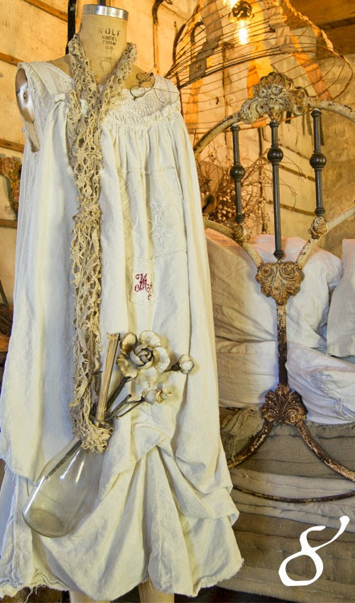 Magnolia Pearl Ooo-la-la French Cotton-Linen Metis Dress monogram C L underties 07.jpg